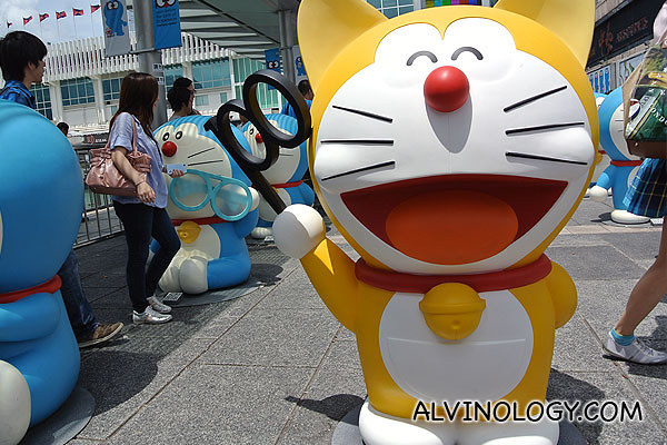 Did you know the very first Doraemon character design was yellow and had ears?