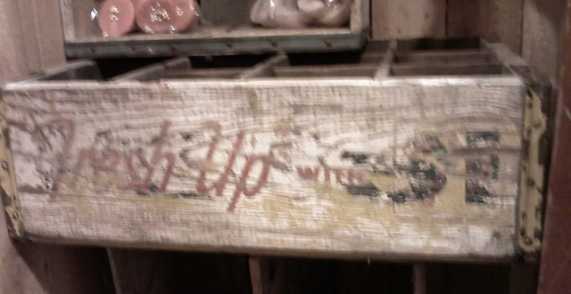 Pepsi/7up crate palimpsest