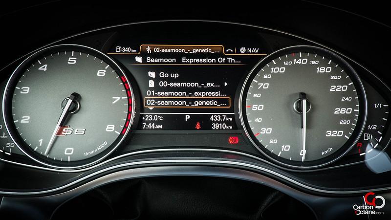 2013_Audi_S6-24.jpg