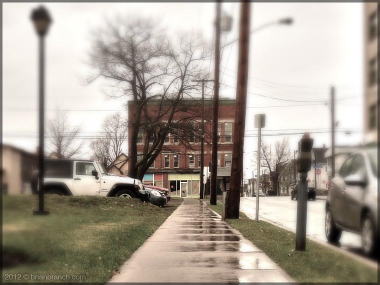 P1290232_sidewalk