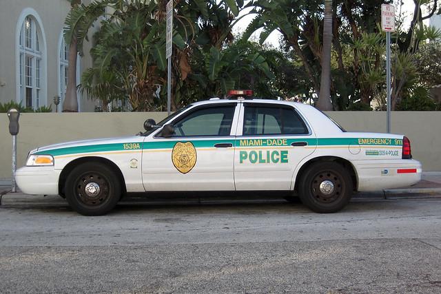 Miami Dade Police Miami Dade Police 1539a