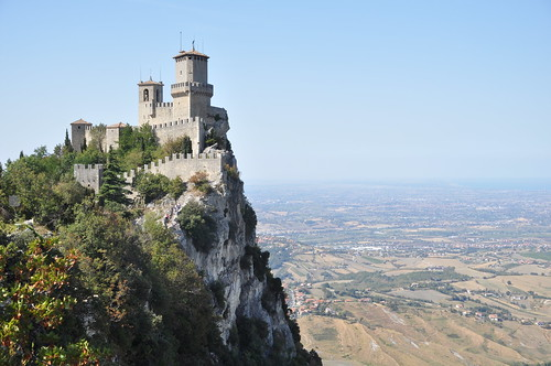 tower sanmarino view main medieval vista roccia rocca overhang repubblicadisanmarino strapiombo firsttower primatorre starlightworld