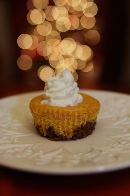 Mini Pumpkin Cheesecakes - Home - burgh baby