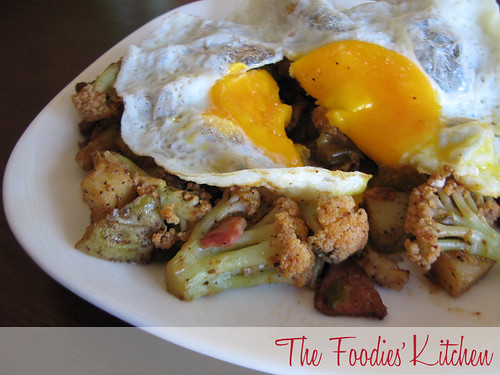 Cauliflower Hash with Fried Egg01
