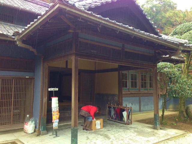 邸宅の玄関