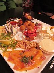 appetizer platter @ Au Saumon