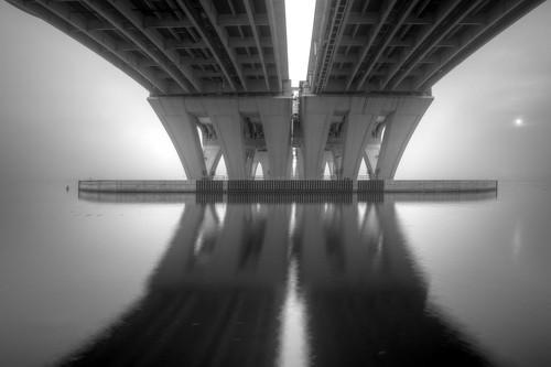 longexposure abstract architecture sunrise foggy engineering drawbridge potomacriver span underthebridge i495 capitalbeltway thebelly woodrowwilsonmemorialbridge