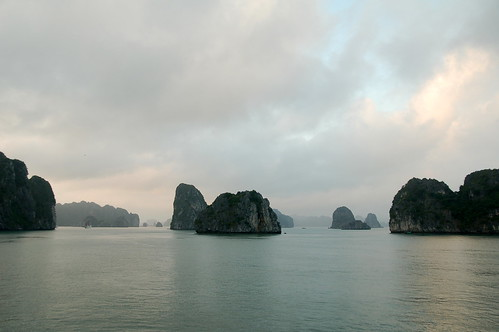 Ha Long Bay, Vietnam-003