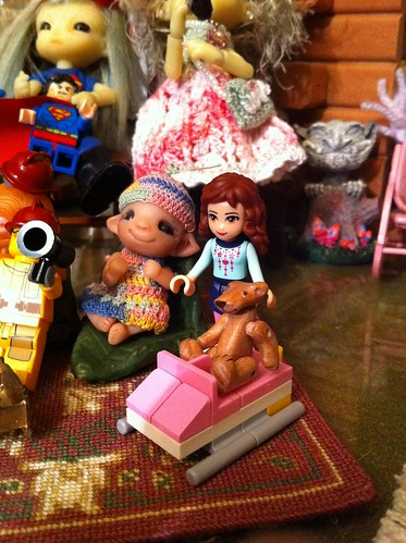 "LeGo Advent Friends DaY 2 - ""Pink Snowmobile"" w/ Lil Bear & Baby Pearlie by DollZWize"