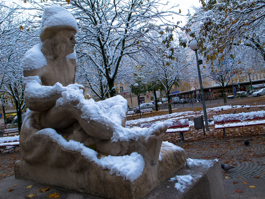 Oct. Munich - Snow - GRD4