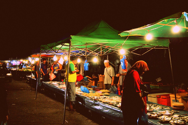 night fish market