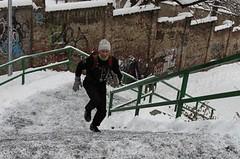 Zpestřete si zimní tréninkovou rutinu vybíháním schodů
