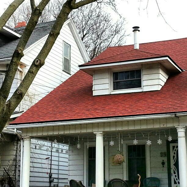 Certainteed Cottage Red Asphalt Shingles Roofing