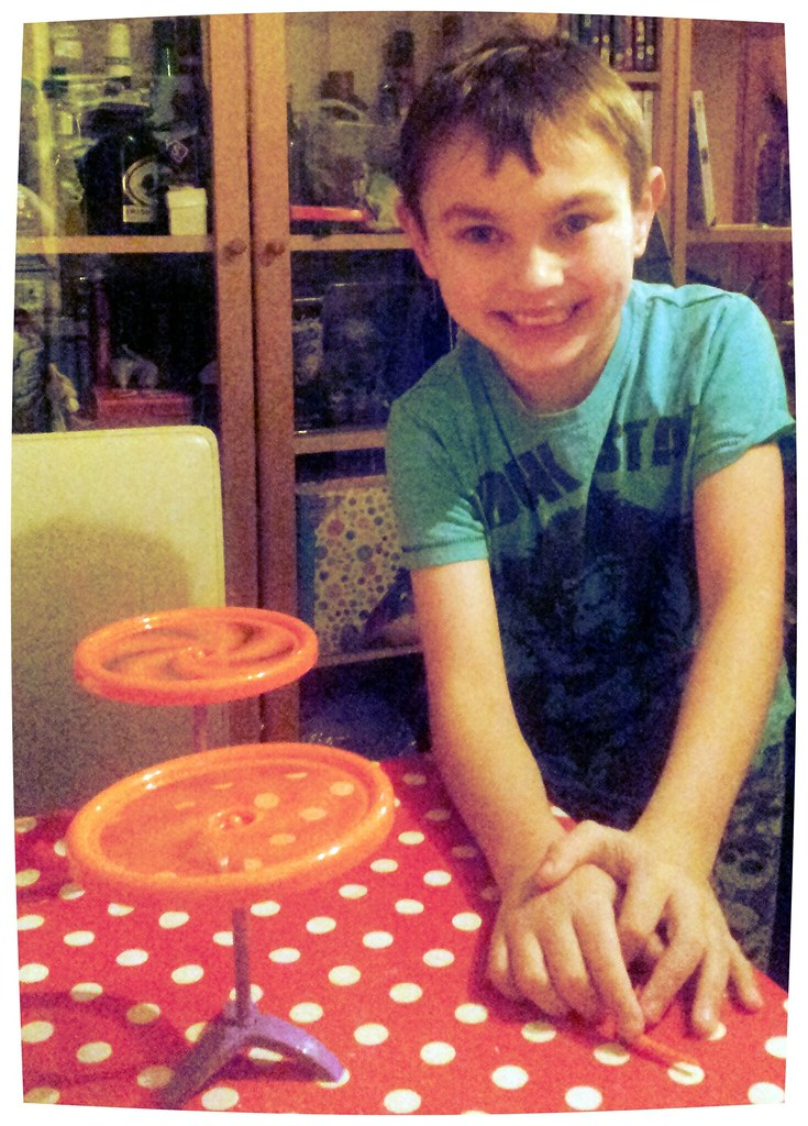 , Danny plays Spin Mania!