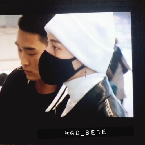 gdragon_airport_140411_017