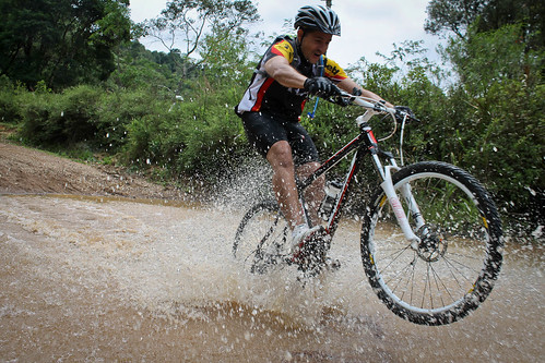 Trilha de Mountain Bike para o Pico do Gavião