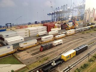 Container Bahnhof
