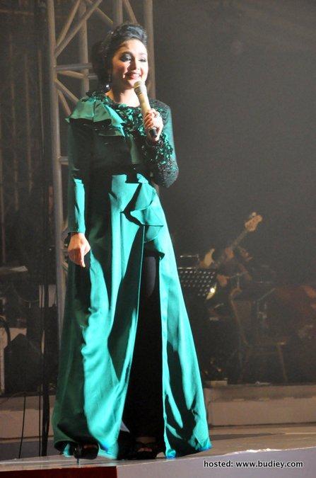Siti Nurhaliza Gambang
