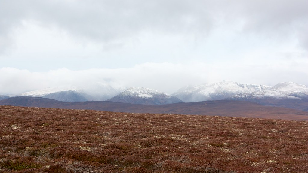 Snow over the Lairig Ghru