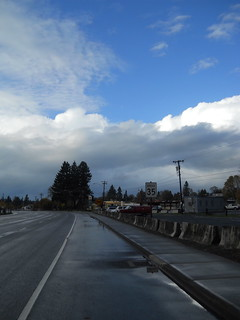 Estacada is sunny, but the bank of clouds to the north is starting to look fairly unhappy