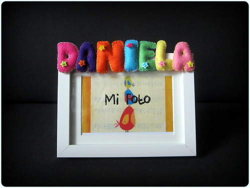 Marco de Fotos con Nombre en Fieltro - Daniela - ChikiPol
