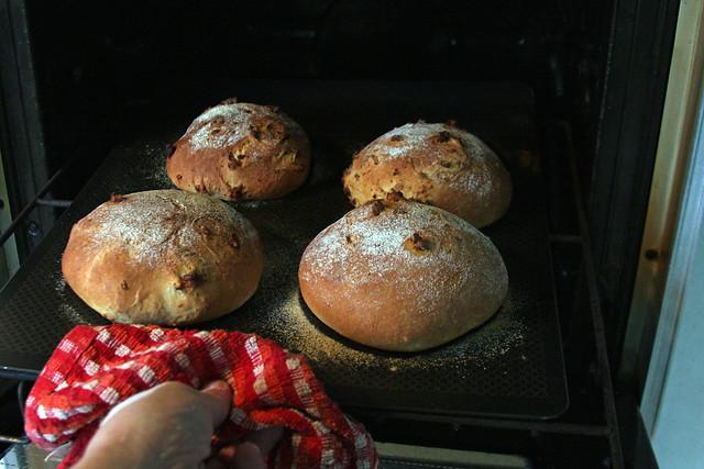 Pan con Chicharrones 127