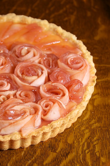 Apple Rose Bouquet Tart