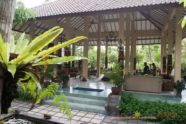 B&N Borobudor-5.jpg