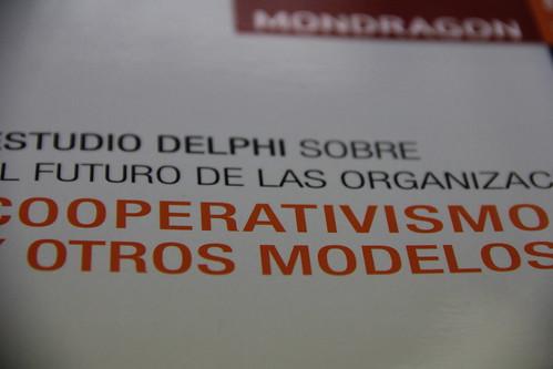 Portada del estudio Delphi.