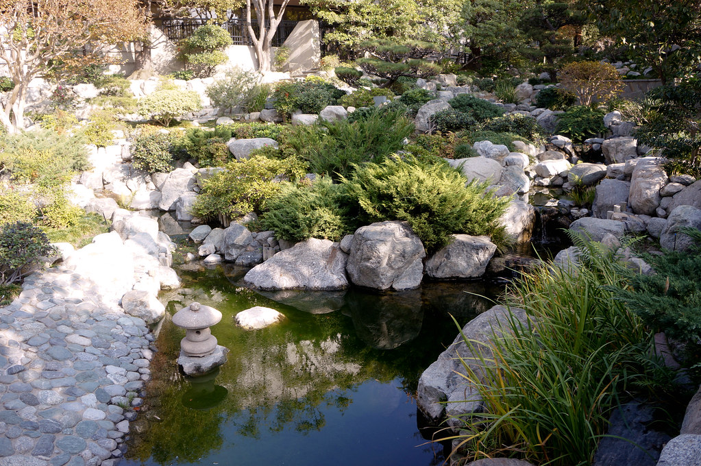 the james irvine japanese garden truly is tucked away located down a quiet street of little tokyo the garden is only accessible through the japanese - James Irvine Japanese Garden