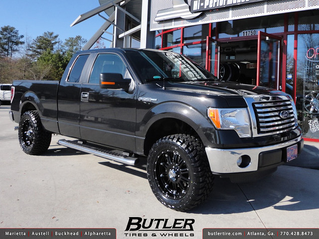ford f150 with 20in xd hoss wheels and leveling kit