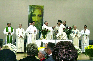 Holy Mass Celebrated after Vassula\'s talk in Zagreb