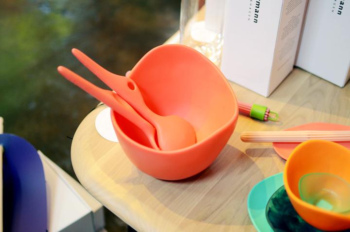 coral salad bowl