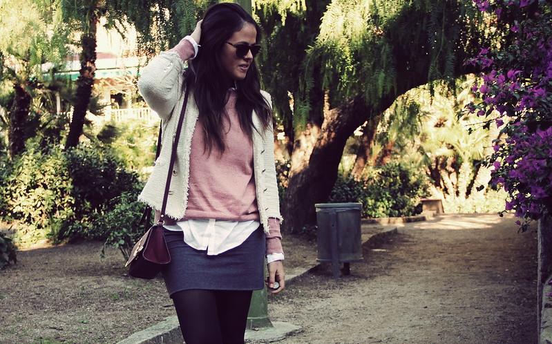 Look falda gris + rosa+ chaqueta tweed