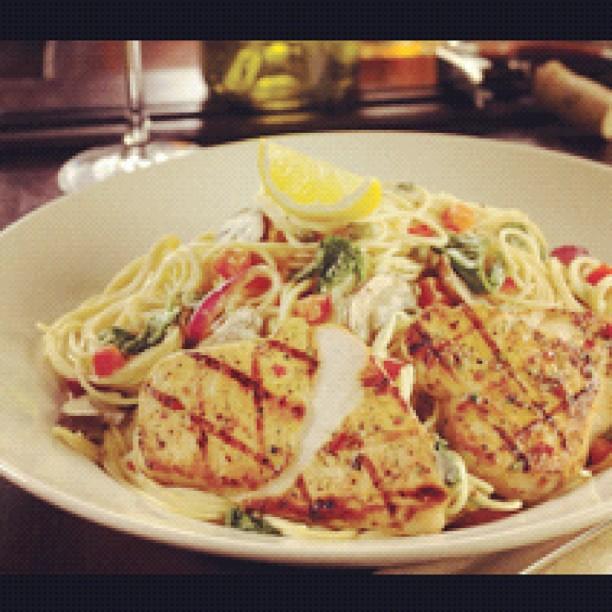 Grilled Chicken Florentine Spaghetti Recipe — Dishmaps