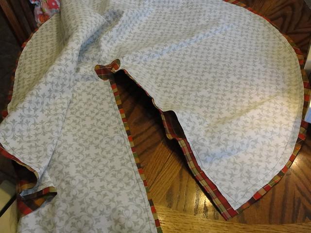 Tree Skirt 2012