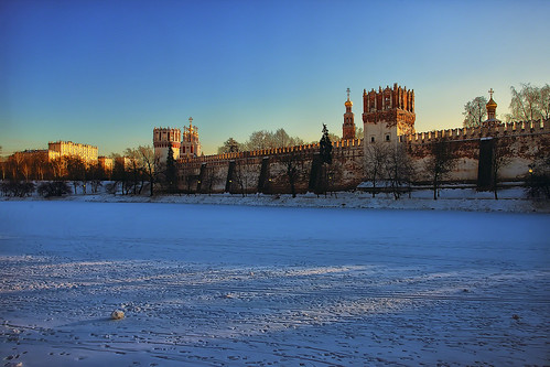 snow day russia moscow ensemble convent novodevichy pwwinter