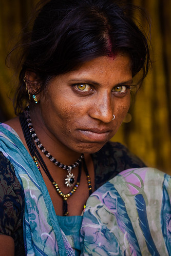 """ordinary hindu single women I'm 29 single woman indian (read:""""you're not married yet hawwwwwwww"""") not that any of it matters, unless, of course, you're 29 and single in india."""