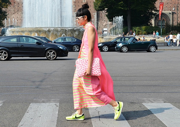chics_kicks_dress_susie_bubble_sneakers_trainers