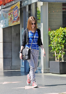 Anna Kendrick Converse Celebrity Style Women's Fashion