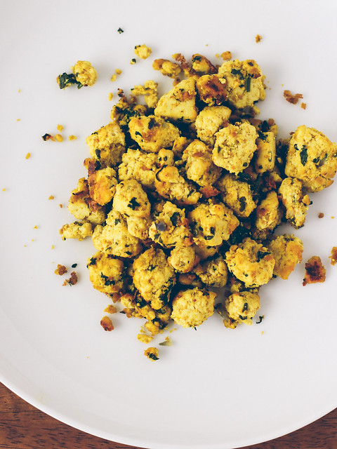 Sprouted tofu scramble