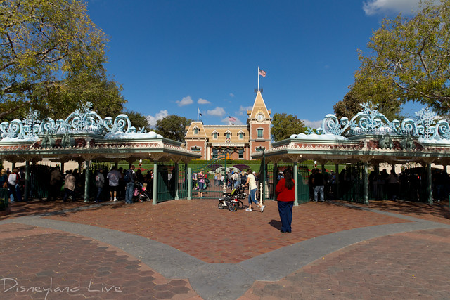 Disneyland Main Entrance Holiday 2012