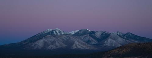 winter arizona sunrise flagstaff sanfranciscopeaks nuvatukyaovi nuvatukya'ovi dook'o'oosłííd wimunkwa