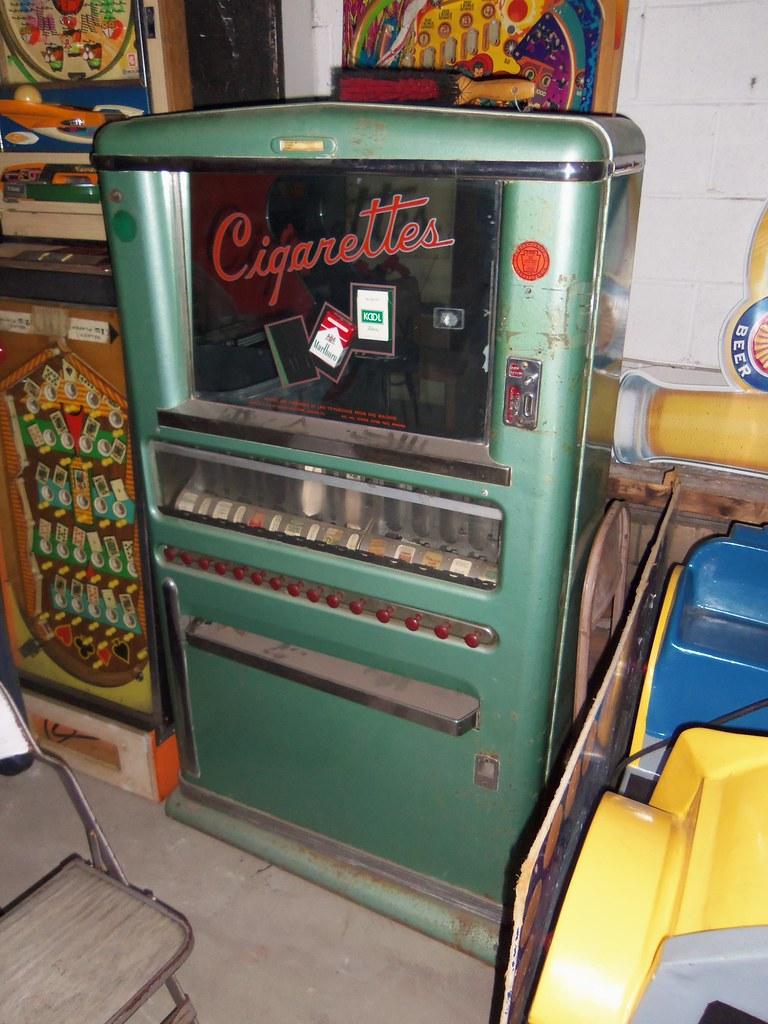Vintage Cigarette Vending Machine A Snazzy Old Cigarette
