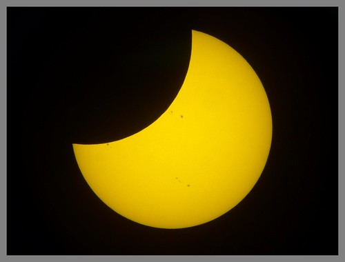 NOVEMBER SOLAR ECLIPSE