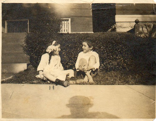 Ina Lee  Ellis and cousin Barney Ellis, abt 1919