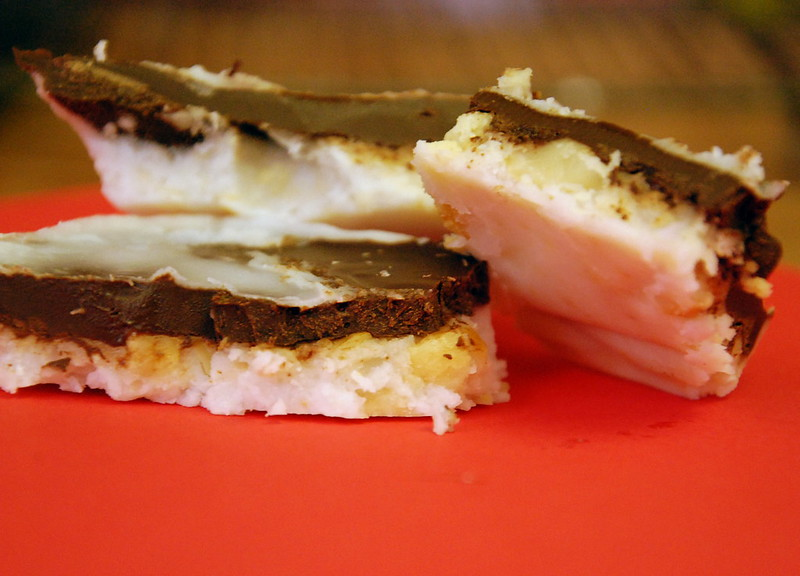 choconut macadamia peppermint bark