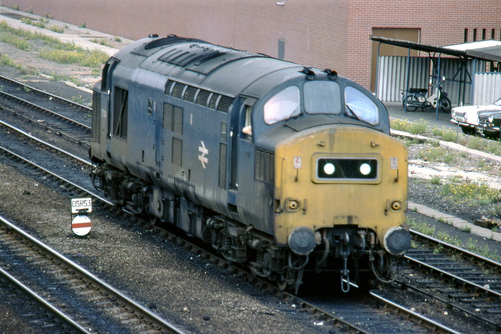 37204 1977 07 Doncaster A Grimy Eastfield Allocated