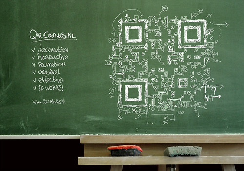 "QR code design ""Everyting = math"""