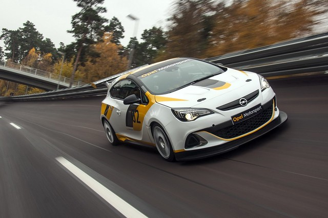Opel Astra GTC OPC Cup